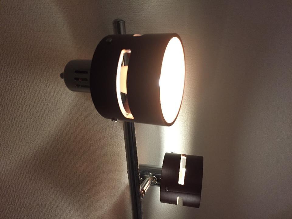 LEDライトの間接照明を10時間消し忘れた結果、電気使用量が…